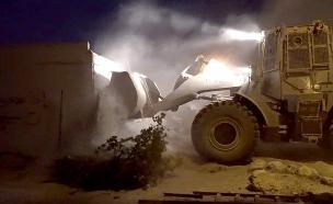 """הריסת בית המחבל, הלילה (צילום: דובר צה""""ל, חדשות)"""