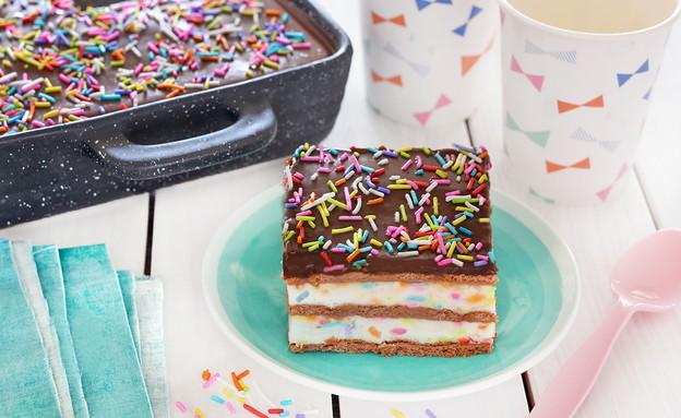 עוגת ביסקוויטים קונפטי (צילום: ענבל לביא, אוכל טוב)
