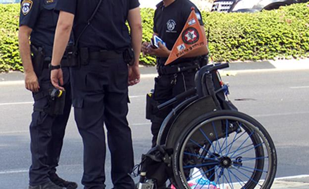 כיסא הגלגלים לאחר התאונה (צילום: החדשות)