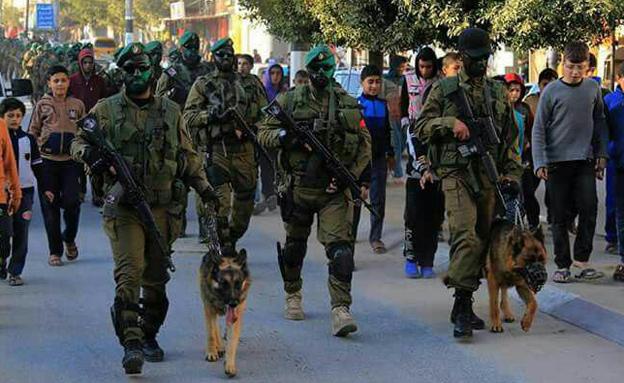 מצעד צבאי של חמאס (צילום: חדשות)