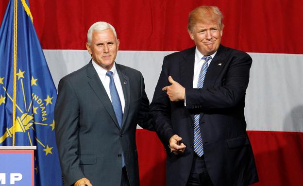 דונאלד טראמפ עם מייק פנס (צילום: רויטרס, חדשות)