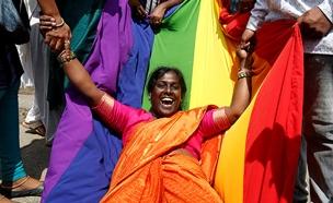 הפסיקה ההיסטורית: חגיגות בהודו (צילום: רויטרס, חדשות)