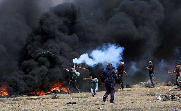 בישראל נערכים למחר. ארכיון (צילום: AP, חדשות)