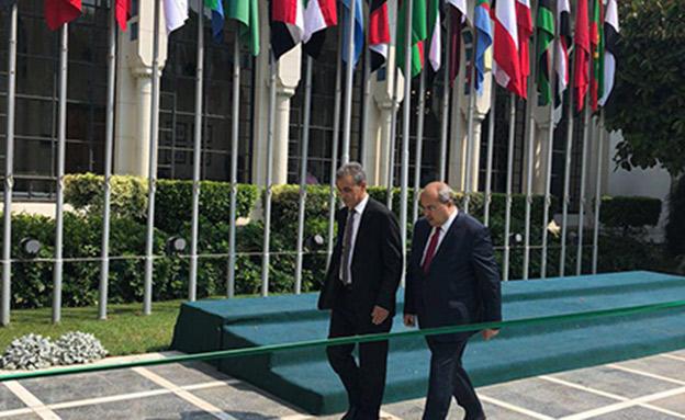 טיבי וזחאלקה בכינוס הליגה הערבית בקהיר (צילום: חדשות)