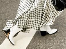כך תשלבו את הנעליים הלוהטות האלה במלתחה