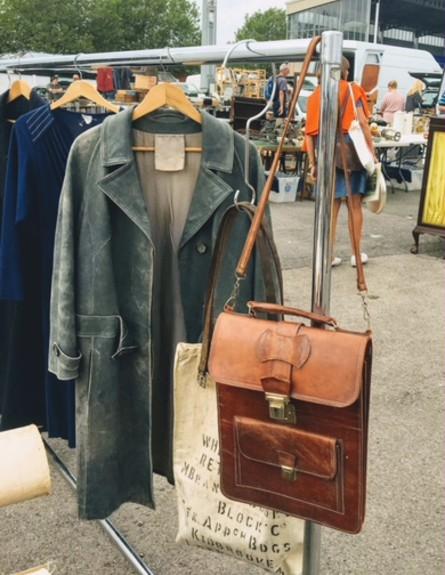 שוקי פשפשים, ג, Sunbury Antiques Market (צילום: שירלי זילברמן)