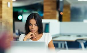 הישראליות עובדות הכי הרבה בעולם (צילום: kateafter | Shutterstock.com )