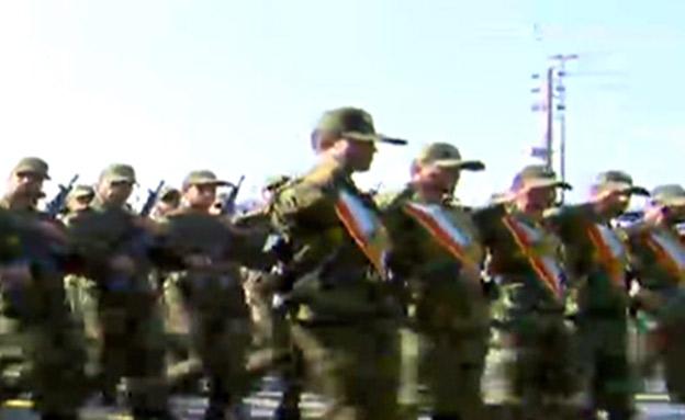 מצעד צבאי באירן (צילום: Press tv, חדשות)