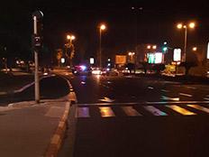 זירת התאונה בתל אביב (צילום: דוברות המשטרה)