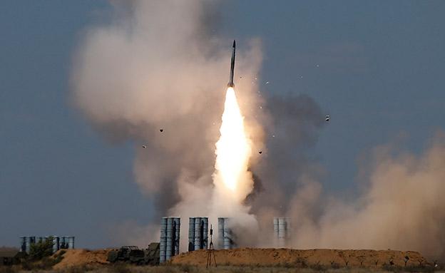 שיגור טיל S-300 ברוסיה (צילום: רויטרס)
