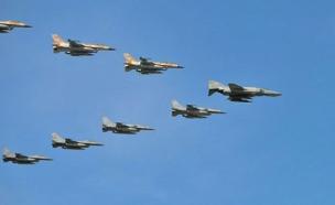 מטוסי חיל האוויר בשמי יוון (ארכיון) (צילום: משרד הביטחון היווני, חדשות)