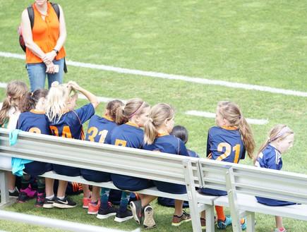 קבוצת כדורגל של נערות במרילנד ארצות הברית (צילום: jeffrey lin - unsplash)