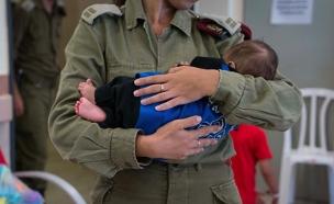 יחידת שכנות טובה, סיוע לפצועים הסורים (צילום: דובר צהל, חדשות)
