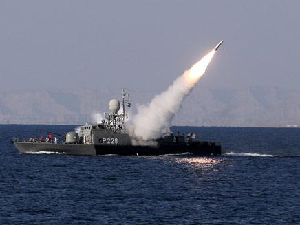 תיעוד העימות בין הצי האירני לנושאת מטוסים