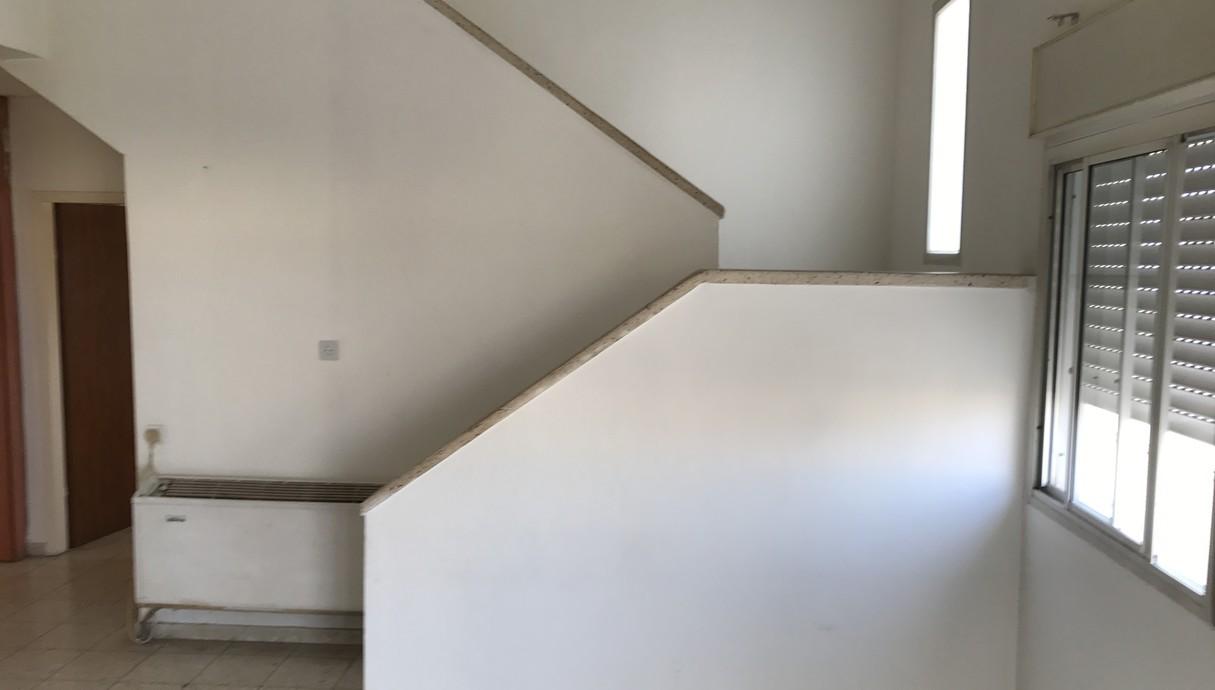 דופלקס בכפר סבא, עיצוב שירה מוסקל והדס רוט-הלל אדריכלות, לפני - 2