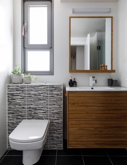 דירה בראשלצ, עיצוב מירב אייכלר, חדר הרחצה של הגבר 2 (צילום: אורית ארנון)
