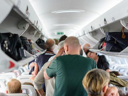 נשבר השיא: קנס של 52,500 דולר ניתן לנוסע שהתפרע בטיסה