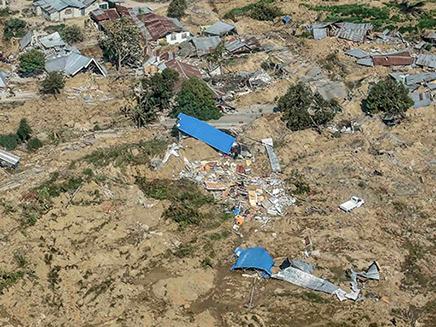 ההרס הרב שהותיר האסון (צילום: רויטרס, חדשות)