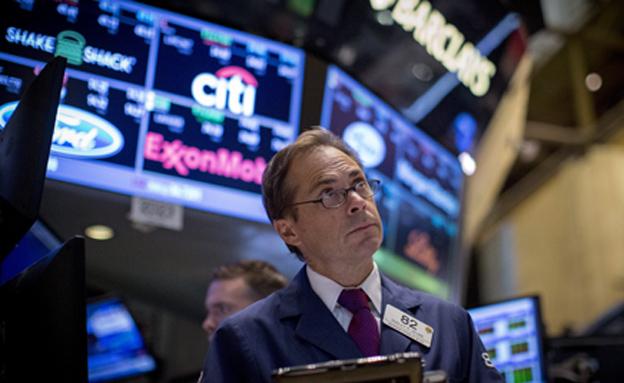 הבורסה בירידת שערים (צילום: רויטרס, חדשות)