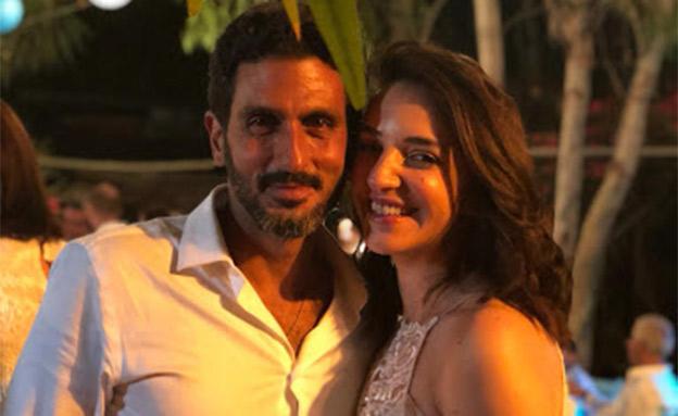 הזוג המאושר ביום החתונה (צילום: חדשות)