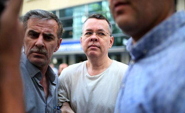 ברנסון במעצר בטורקיה (צילום: AP, חדשות)
