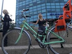 אופניים רגילים, ויטה קיירס (צילום: ויטה קיירס)