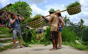 תיירים בבאלי (צילום: Dewi Putra, shutterstock)