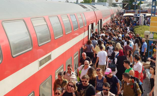 רכבת (צילום: By Dafna A.meron)