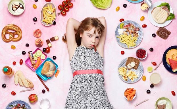 גרג סיגל צילומי אוכל ילדה מהמבורג (צילום:  Photo by Flash90)