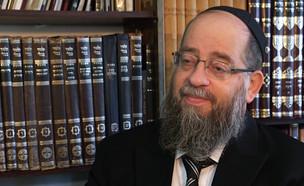 """הרב ישעיהו הבר בראיון ל""""אנשים"""" (צילום: מתוך """"אנשים"""", קשת 12)"""