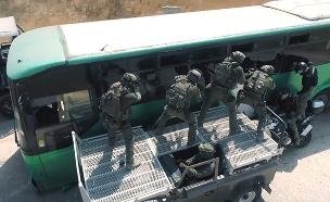 בחזרה לגיבורים והניצולות של אוטובוס האימהות (צילום: החדשות)