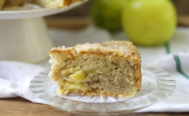 עוגת תפוחים ויוגורט  (צילום: קרן אגם, אוכל טוב)