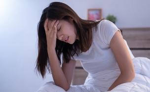 כאב ראש (צילום:  TORWAISTUDIO, shutterstock)