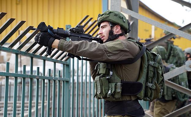 """הכוחות בזירת הפיגוע (ארכיון) (צילום: דובר צה""""ל, חדשות)"""