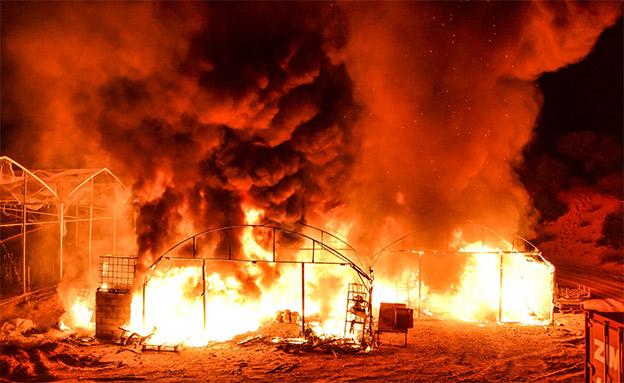 תיעוד השריפה בליל שישי (צילום: ביטחון נתיב העשרה, חדשות)