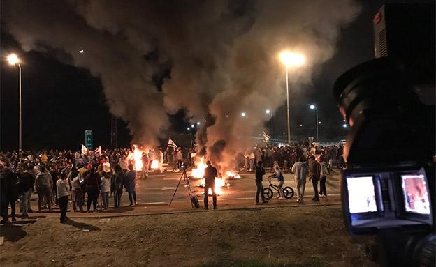 מחאות בדרום מול חגיגות בעזה (צילום: החדשות)