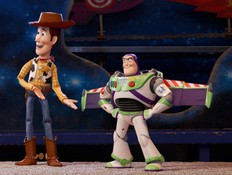 """""""צעצוע של סיפור 4"""": וודי מתחיל חיים חדשים"""
