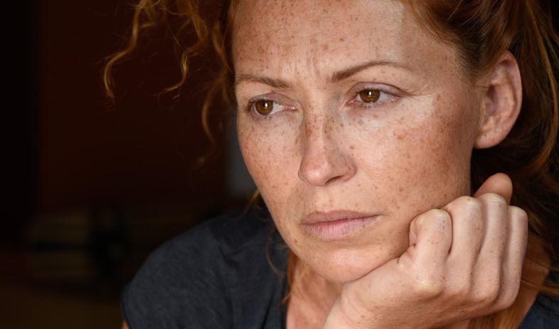 אישה מוטרדת (צילום:  microcosmos, shutterstock)