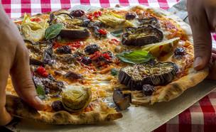 פיצה ירקות, איטלקיה בפשפשים (צילום: אנטולי מיכאלו, יחסי ציבור)