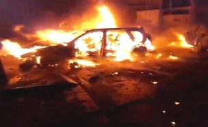 פיצוץ ברכב בשכונת התקווה (צילום: דניאל גבריאלוב, חדשות)