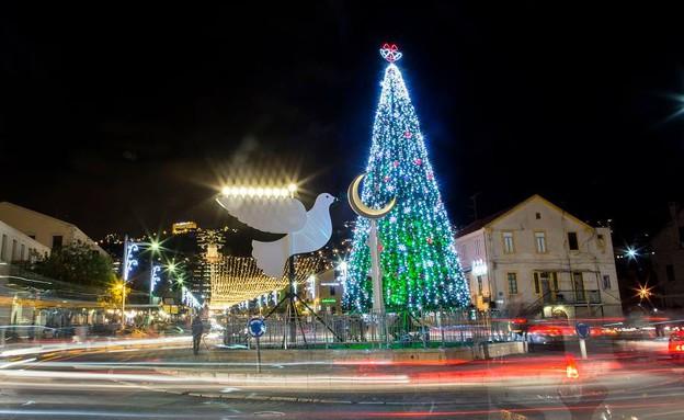 החג של החגים, מושבה גרמנית מוארת (צילום: באדיבות דוברות עיריית חיפה)