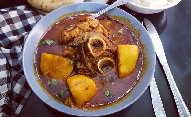 מרק רגל, יונית צוקרמן (צילום: יונית סולטן צוקרמן, אוכל טוב)