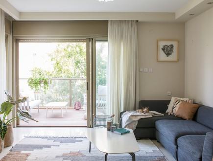 דירה ברמת השרון, עיצוב מיכל וולפסון, סלון (צילום: דנה סטמפלר עשהאל)