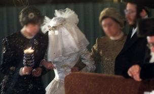 השוטרים עצרו את החתונה. אילוסטרציה (צילום: רויטרס, חדשות)