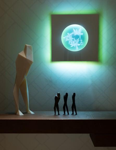 גופי תאורה חדשים, עליזה שינזון, סדרת מון פייס (צילום: גדעון לוין)