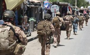 לוחמים צ'כים ואמריקאים באפגניסטן (צילום: צבא ארצות הברית)