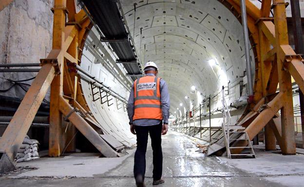 בצל המשבר: הצצה לעבודות הרכבת הקלה בבני ברק (צילום: החדשות)