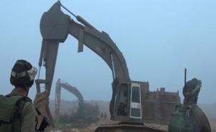 """נטרול מנהרות סמוך לגבול עזה, 2014 (צילום: דו""""צ, חדשות)"""