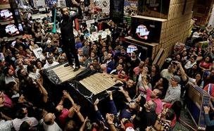 """שיגעון ה""""בלאק פריידי"""" בארה""""ב (צילום: רויטרס, חדשות)"""