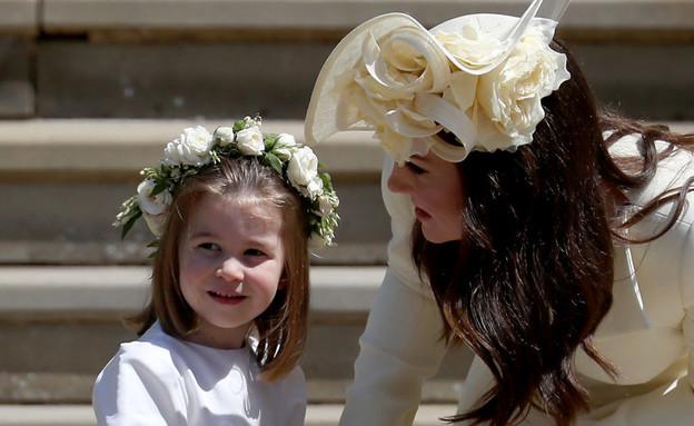 קייט מידלטון והנסיכה שארלוט בחתונה של הנסיך הארי ומייגן מרקל